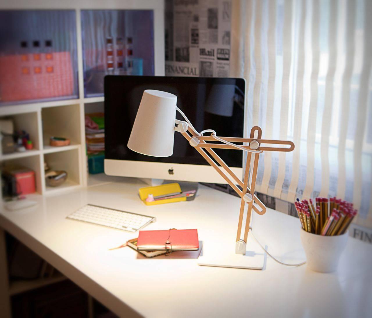 Настольная лампа школьника своими руками